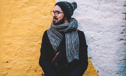 Få et trendy look med et halstørklæde til mænd